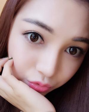 素颜棕色美瞳
